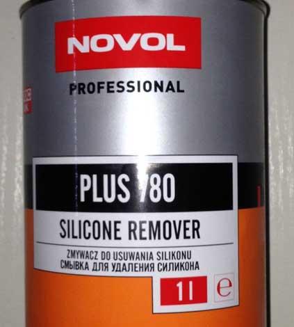 Смывка для силикона — одно из лучших средств для обезжиривания заматованного кузова.