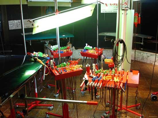 Профессиональные наборы для беспокрасочной рихтовки включают в себя десятки инструментов...