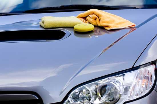 Быстро отполировать автомобиль вполне по силам любому автолюбителю, однако важно учесть при этом ряд нюансов...