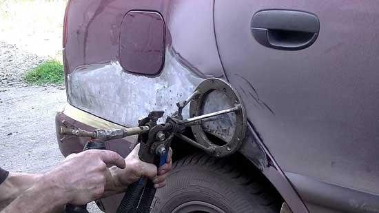 Поговорим о том, с чем придется столкнуться при рихтовке кузова авто с повреждениями той или иной степени сложности...