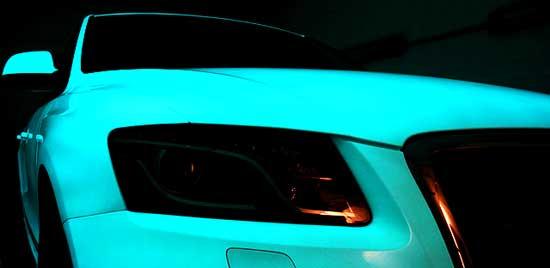 Светящиеся краски позволяют сделать весьма интересный тюнинг автомобиля - давайте посмотрим, на что они способны...