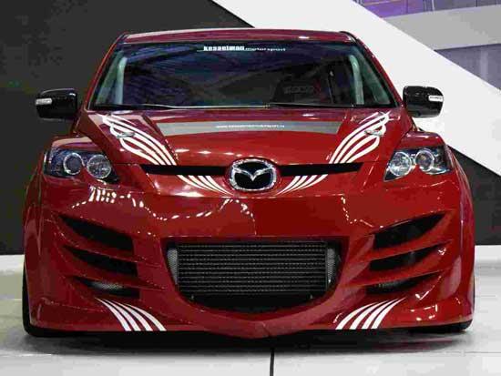 Спортивный и яркий тюнинг Mazda 3