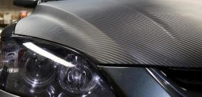 Карбоновая плёнка на автомобиль: особенности поклейки