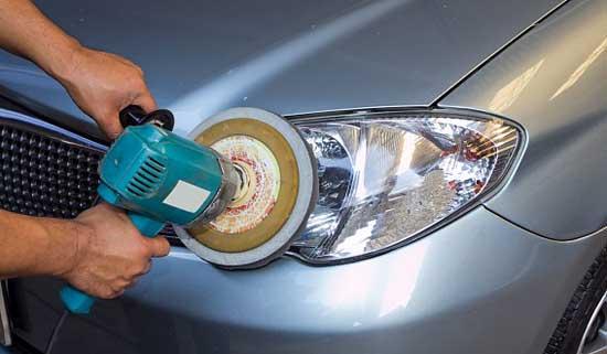 После полировки оптики (фары, фонари), внешний вид автомобиля становится намного свежее, и далее рассмотрим способы такого преображения.