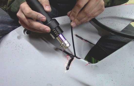 Пайка бампера с пластиковым припоем дает настолько прочный шов, что деталь может сломаться где угодно, только не в месте ремонта.