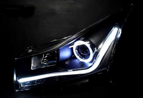 Светодиодные аксессуары головной оптики превращают Круз в ультрасовременный автомобиль.