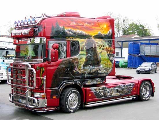 """Тюнинг грузовых автомобилей отличается от """"легкового"""" не только масштабами, он имеет массу специфик, о которых далее поговорим более подробно."""
