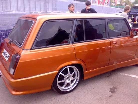 Интересный тюнинг любого автомобиля ВАЗ 2104 не обязательно связан с кричащими формами или футуристическим дизайном - давайте посмотрим, из чего действительно состоит эффектная модернизация четверки.