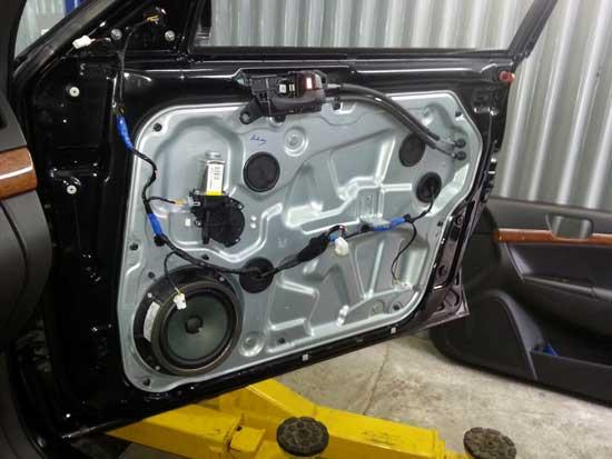 Установка качественной автоакустики должна проводиться с учетом реальной шумоизоляции салона.