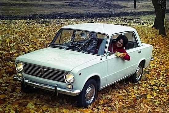 Тюнинг любых советских авто трогает своей наивностью, но пересматривая полукустарные аксессуары, невольно погружаешься в ту ностальгическую эпоху...