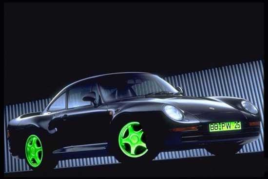 """Диски, светящиеся в темноте, подходят автомобилям с оригинальной внешностью, а """"рабочим лошадкам"""" в них лучше не красоваться."""
