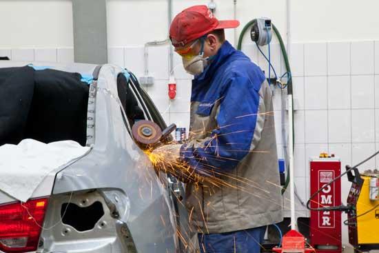 Поговорим о тонкостях выполнения кузовного ремонта...