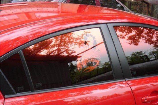 Поговорим о тонировке автомобильных стекол с помощью зеркальных пленок...