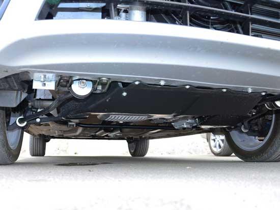 Установленная защита двигателя на Lada Granta